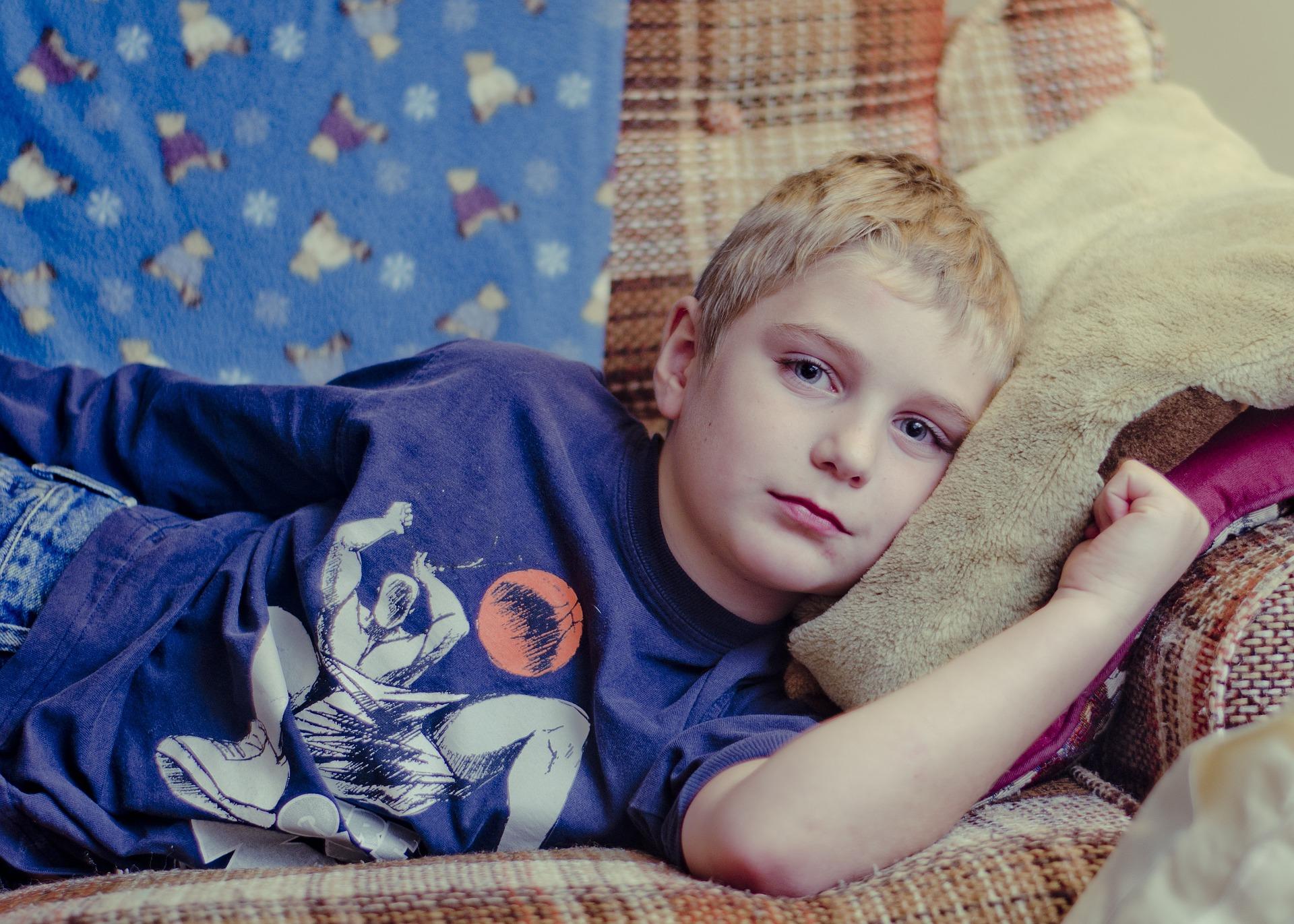 Tusea la copii - sfatulparintilor.ro - pixabay_com - boy-694763_1920