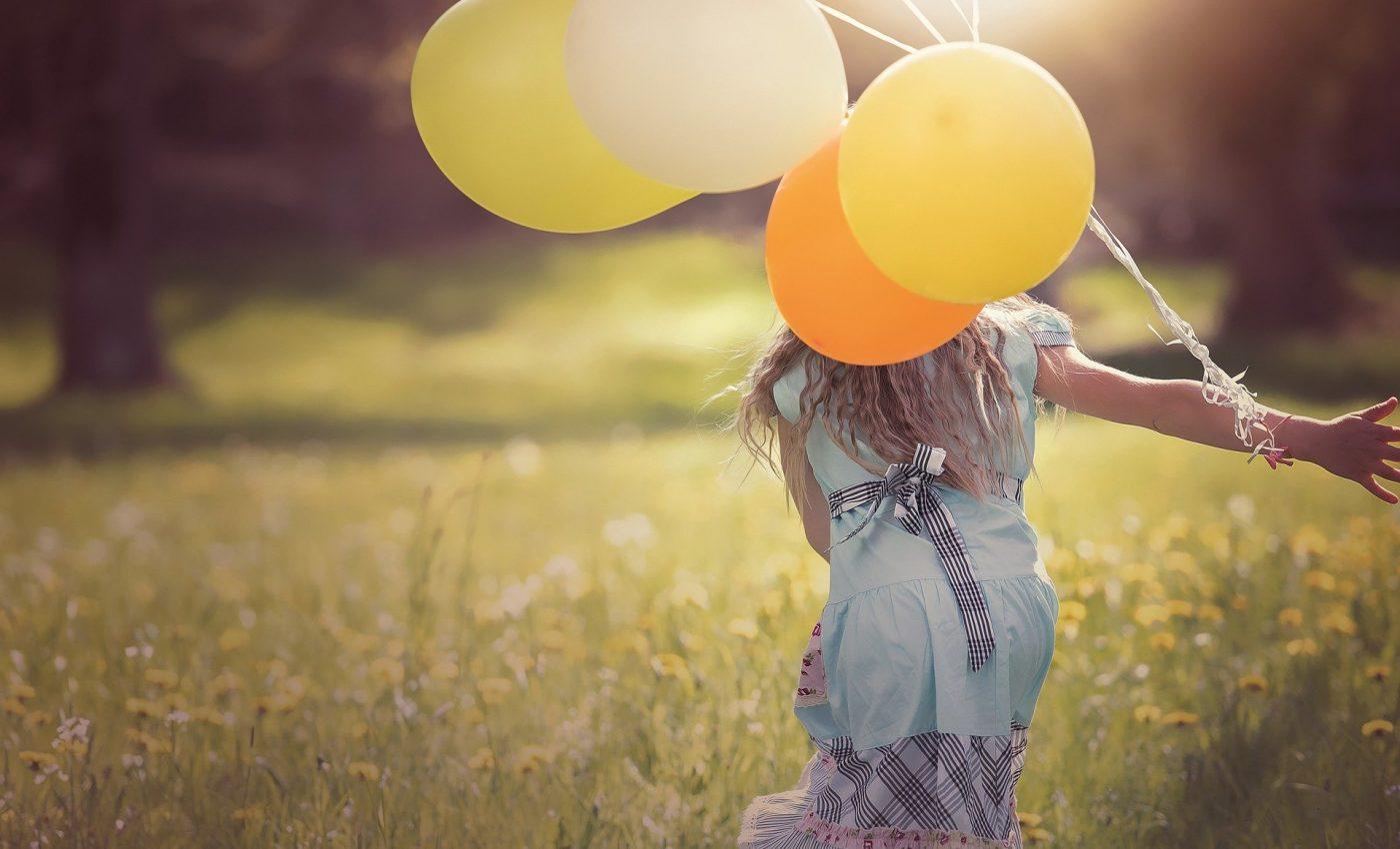 unde este fericirea ta - sfatulparintilor.ro - pixabay_com - girl-1357485_1920