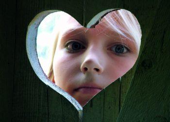 Cum iti ajuti copilul cand este constipat - sfatulparintilor.ro - pixabay_com - opening-218074_1920