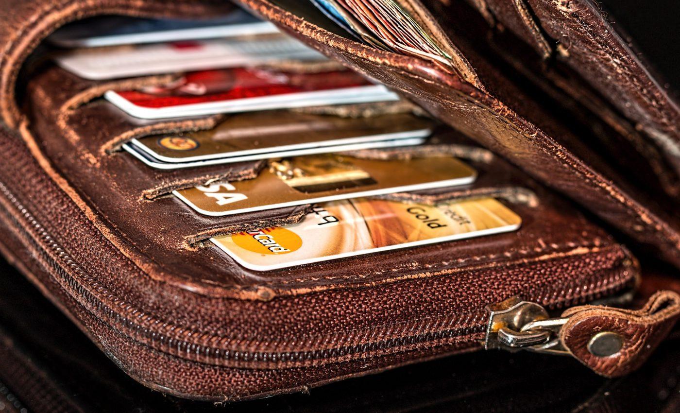 Cum sa depasesti depresia ca n-ai bani - sfatulparintilor.ro - pixabay-com - wallet-908569_1920