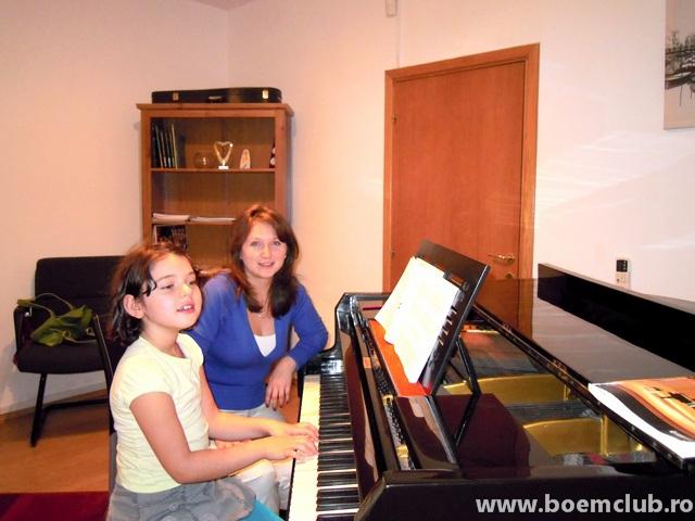 sfatulparintilor.ro - lectii de muzica Boem Club