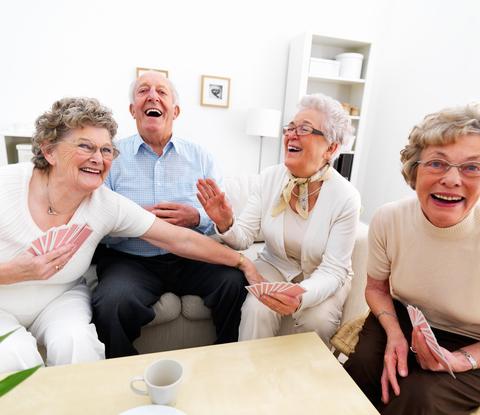 sfatulparintilor.ro - Studiu: Oamenii fericiti traiesc mai mult