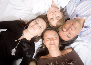 sfatulparintilor.ro - Gandire pozitiva: 6 sfaturi sa iti faci mai putine griji