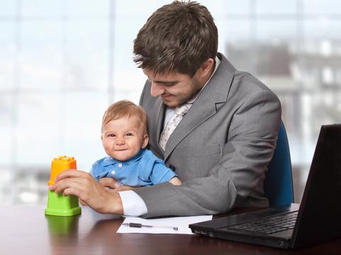 influenta tati copii