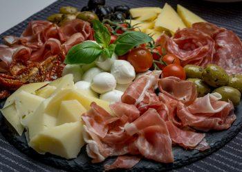 dieta mediteraneana - sfatulparintilor.ro - pixabay_com - antipasto-3484840_1920