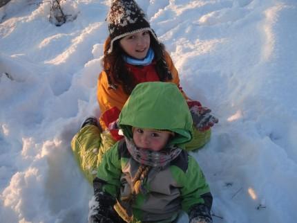 sfatulparintilor.ro - Carina si Petra