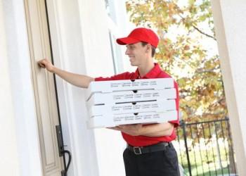 sfatulparintilor.ro - 10 lucruri pe care nu ti le va spune angajatul de la pizzerie