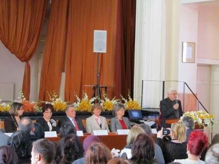 sfatulparintilor.ro - Centrul de resurse pentru elevi si parinti