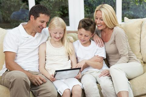 sfatulparintilor.ro - Parinti si copii: 8 lucruri esentiale pentru a fi un parinte bun