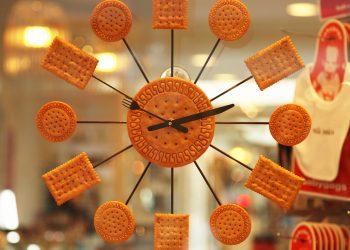 "Dieta ""3 ore"" - sfatulparintilor.ro - pixabay_com - baked-2563_1920"