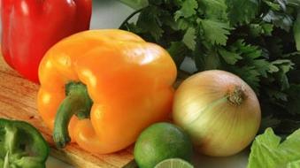 sfatulparintilor.ro-Fuia: Toţi mâncăm produse modificate genetic, chiar dacă ştim sau nu ştim