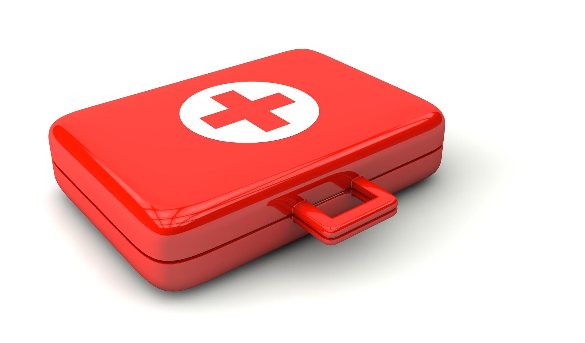 primul ajutor - sfatulparintilor.ro - pixabay_com - doctor-1015624_1920