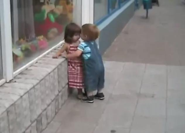 sfatuparintilor.ro - video viral - dragoste