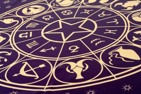 sfatulparintilor.ro-Află ce-ţi spun stelele: Horoscopul de weekend 30 iunie – 1 iulie 2012