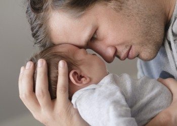 sfatulparintilor.ro - Copiii cu taţi mai în vârstă trăiesc mai mult