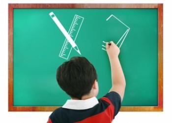 sfatulparintilor.ro - Înapoi la şcoală: 4 sfaturi pentru părinţii cu copii rebeli