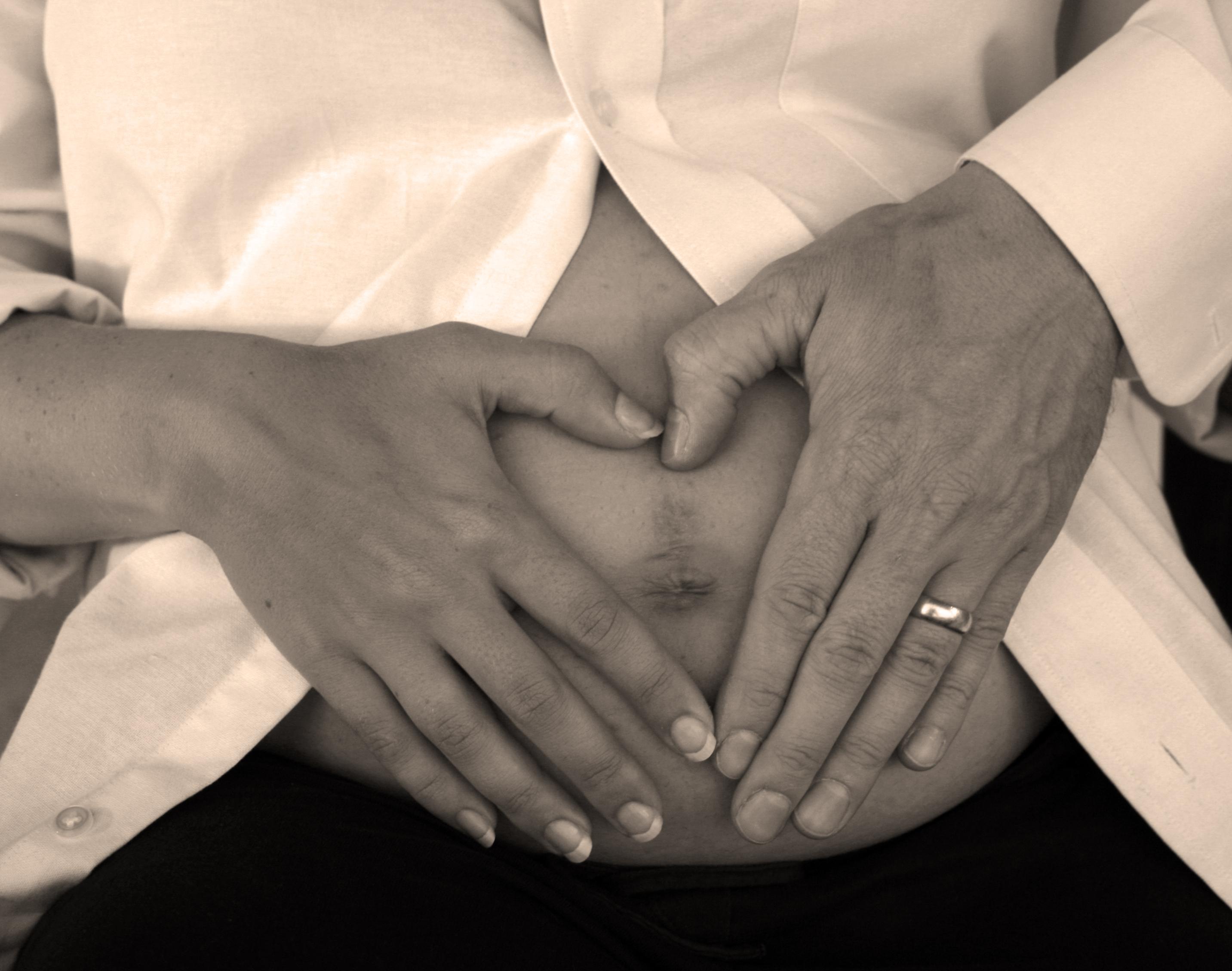 simptome gravida 1 luna