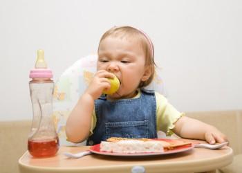 alimente pentru copii- sfatulparintilor.ro - alimente sanatate copii - stockfreeimages.com