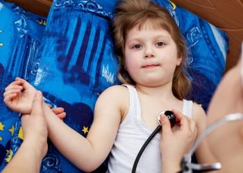 simptome serioase- sfatulparintilor.ro-copil-spital-stockfreeimages.com_.jpg