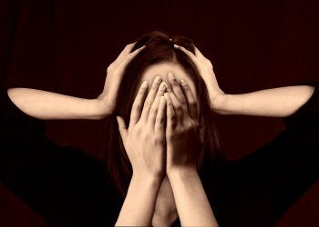 Trucuri antistres - sfatulparintilor.ro - pixabay_com - woman-2696408_1920