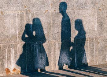 secrete pentru o viaţă lungă - sfatulparintilor.ro - pixabay_com - abstract-2915769_1920