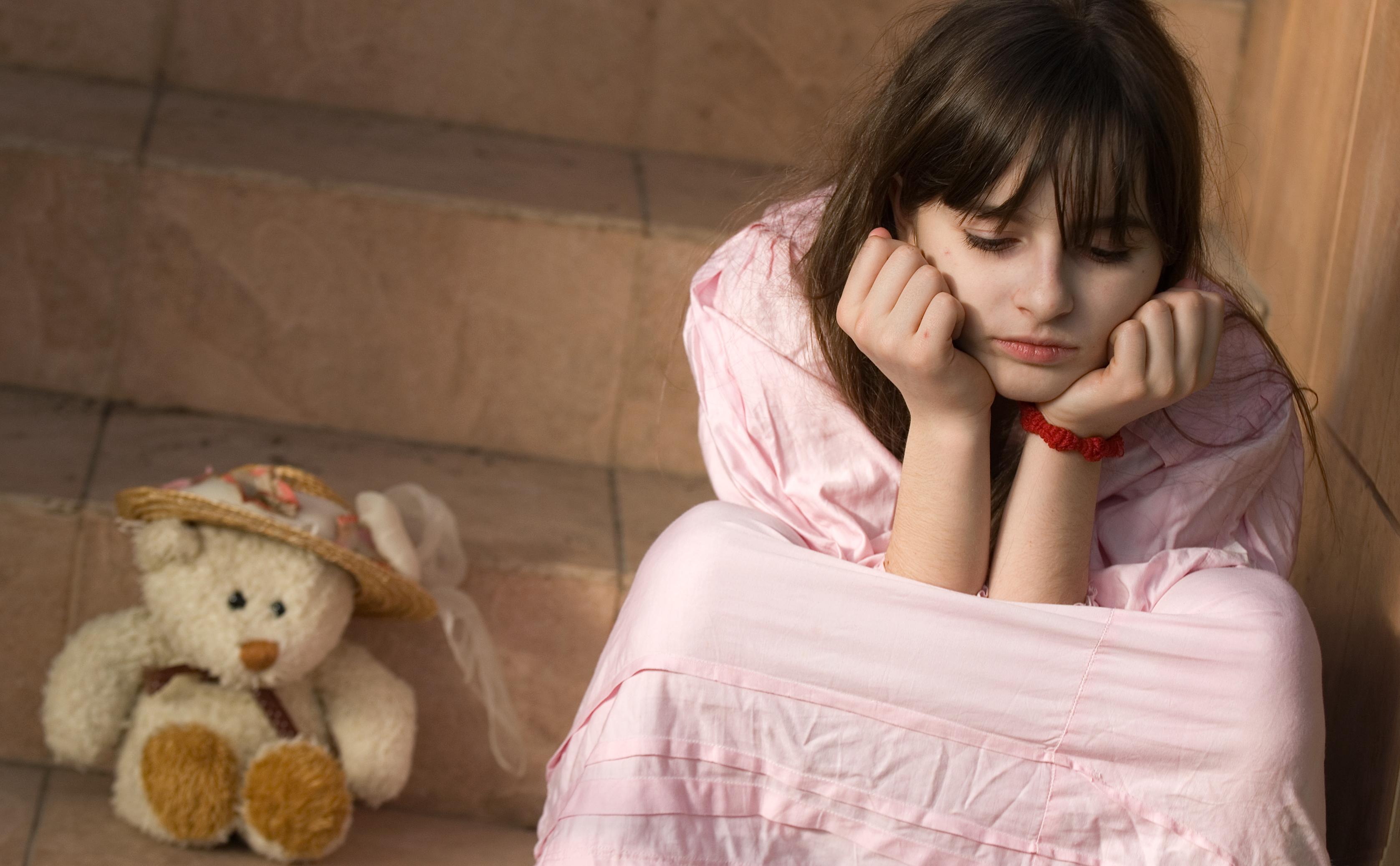 sfatulparinitlor.ro - depresie copii - depresie adolescenti - stockfreeimages.com