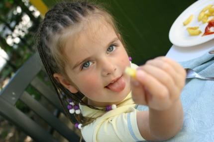 sfatulparintilor.ro - copii - mancare - mofturi - stockfreeimages.com