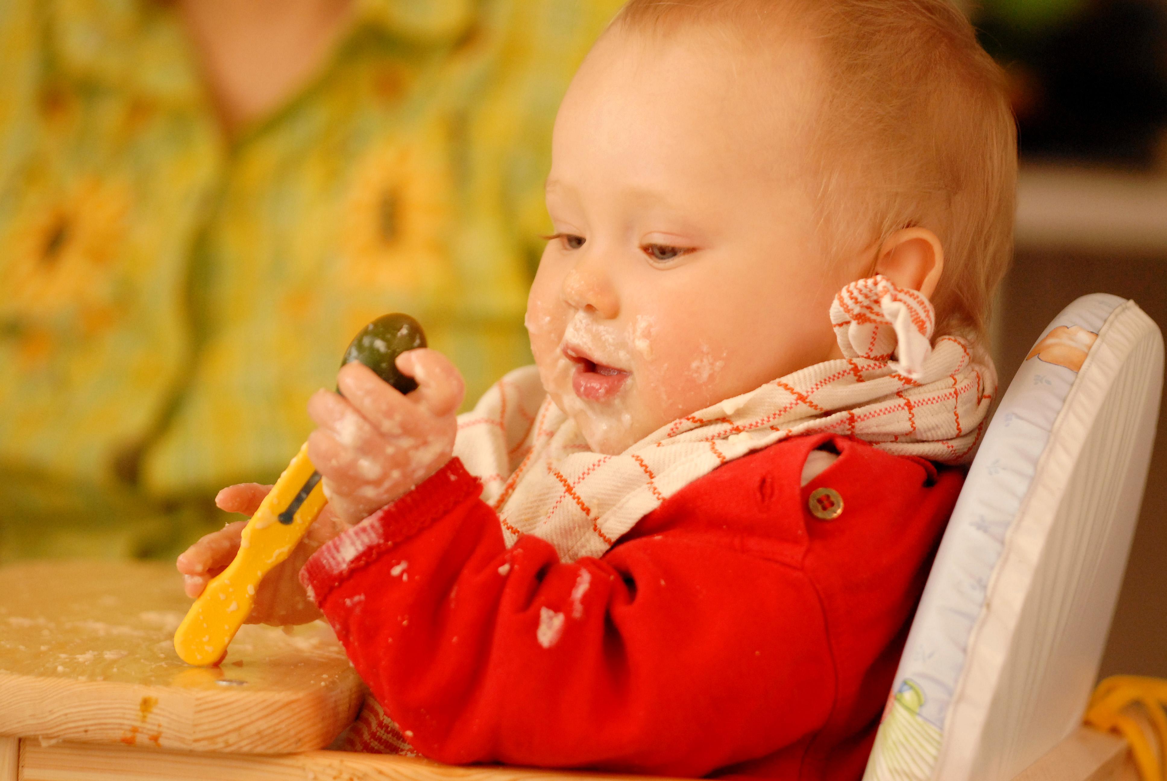 sfatulparintilor.ro - diversificarea la bebelusi - alimente bebelusi - stockfreeimages.com