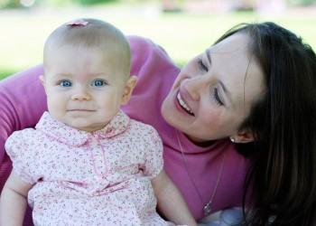 sfatulparintilor.ro - mama copii - stockfreeimages.com
