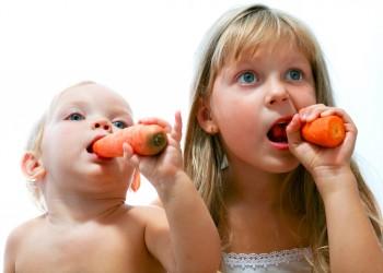 sfatulparitintilor.ro - alimentatie copii - stockfreeimages.com