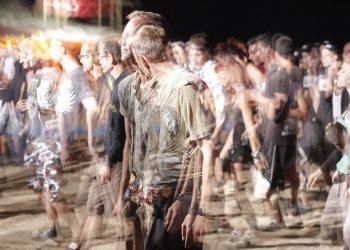 Top tari in care oamenii traiesc cel mai mult - sfatulparintilor.ro - pixabay_com - crowd-of-people-1209630_1920