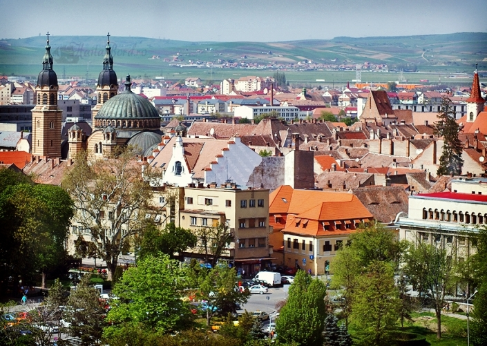centru istoric sibiu - traveldesk.ro
