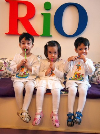 nicoleta-luciu-tripleti-dentist-rio