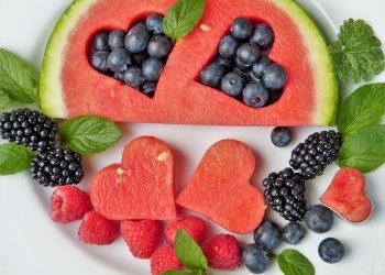 fructe de vara - sfatulparintilor.ro - pixabay_com - fruit-2367029_1920