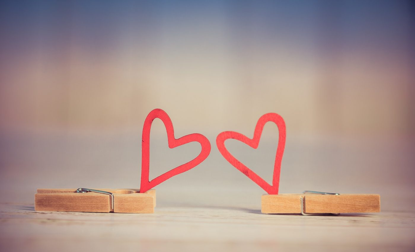 adolescent se indragosteste- sfatulparintilor.ro - pixabay_com - valentine-3061479_1920