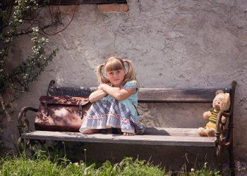 Sfaturi sa protejezi spatele copilului -sfatulparintilor.ro - pixabay_com - person-849160_1920