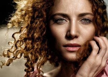 pielea ta arata cu 10 ani mai batrana - sfatulparintilor.ro - pixabay_com - portrait-4597853_1920