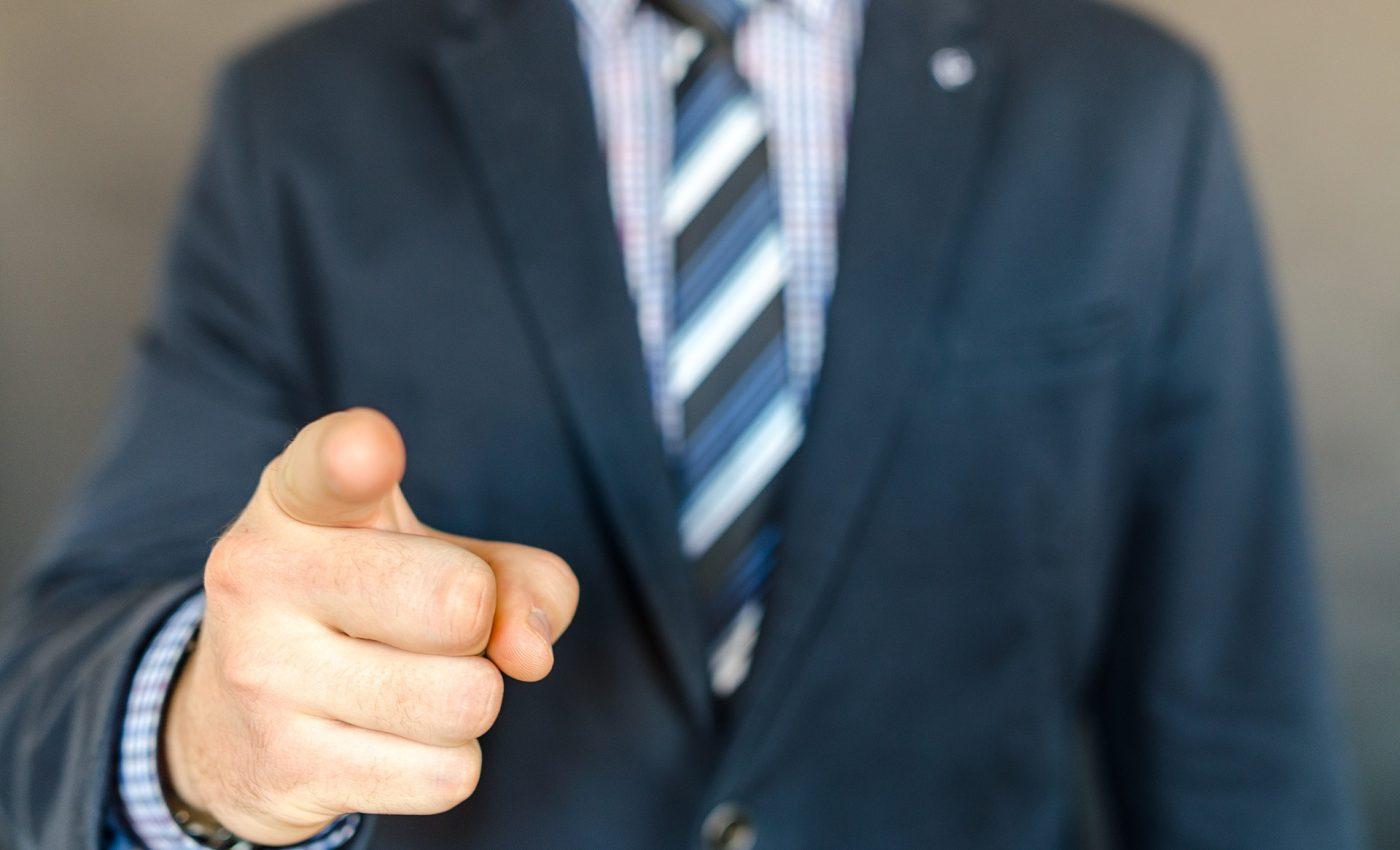 sa nu le spui sefului - sfatulparintilor.ro - pixabay_com - business-2879465_1920