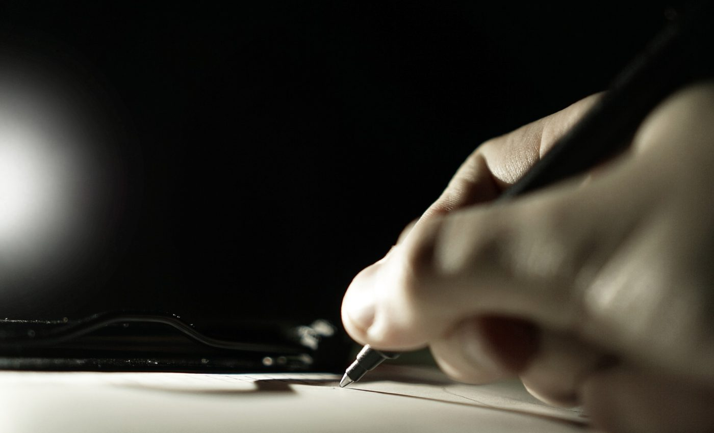 Cum te ajuta scrisul de mana - SFATULPARINTILOR.RO - PIXABAY_COM - pen-1743189_1920