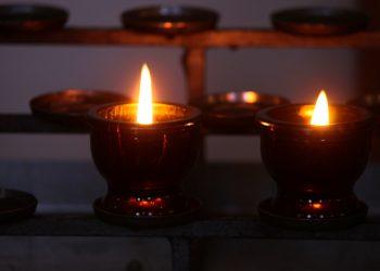 despre doliu - sfatulparintilor.ro - pixabay-com - victim-candles-3624023_1920