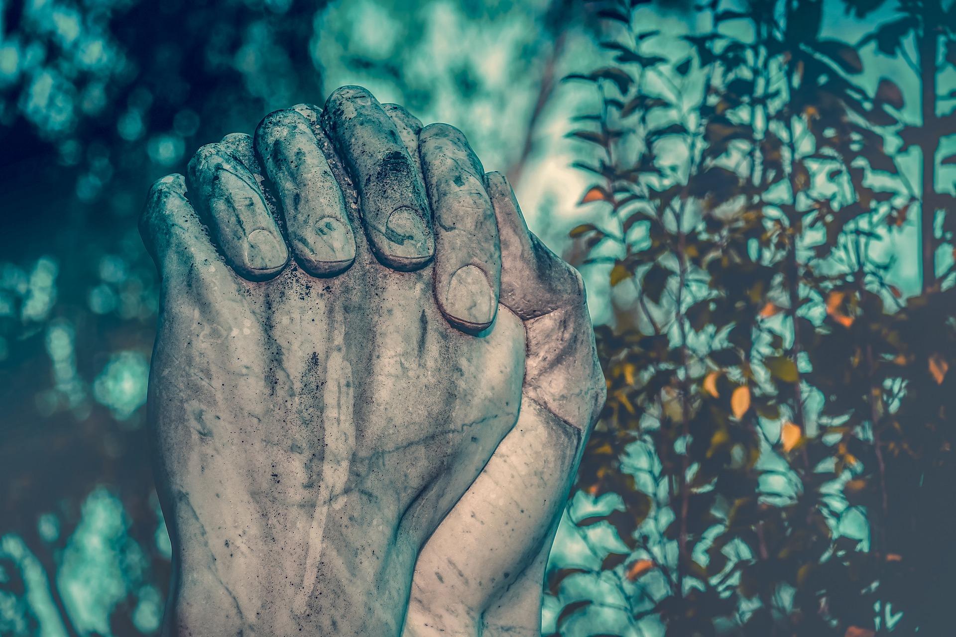 rugaciune pentru copii - sfatulparintilor.ro - pixabay_com - pray-3611519_1920