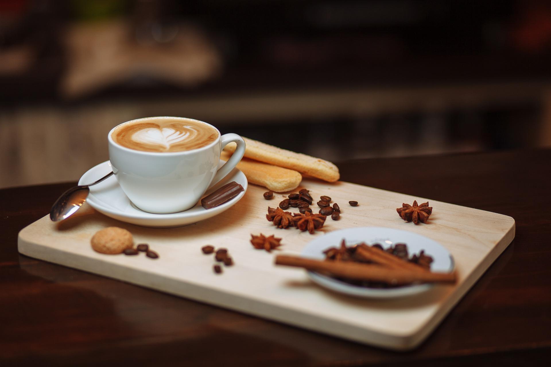 Ce patesti daca bei prea multa cafea