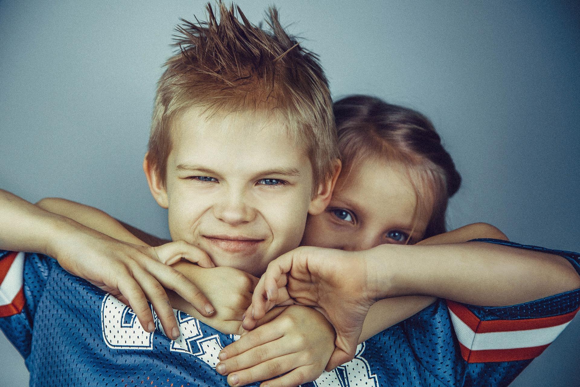 baieti si fete - sfatulparintilor.ro - pixabay_com