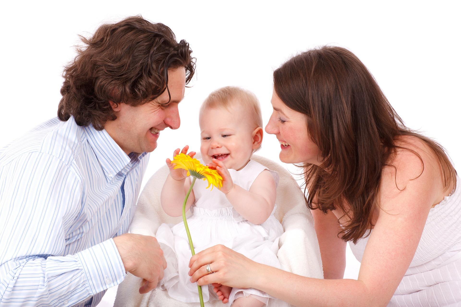familie copii parinti - sfatulparintilor.ro - pixabay_com