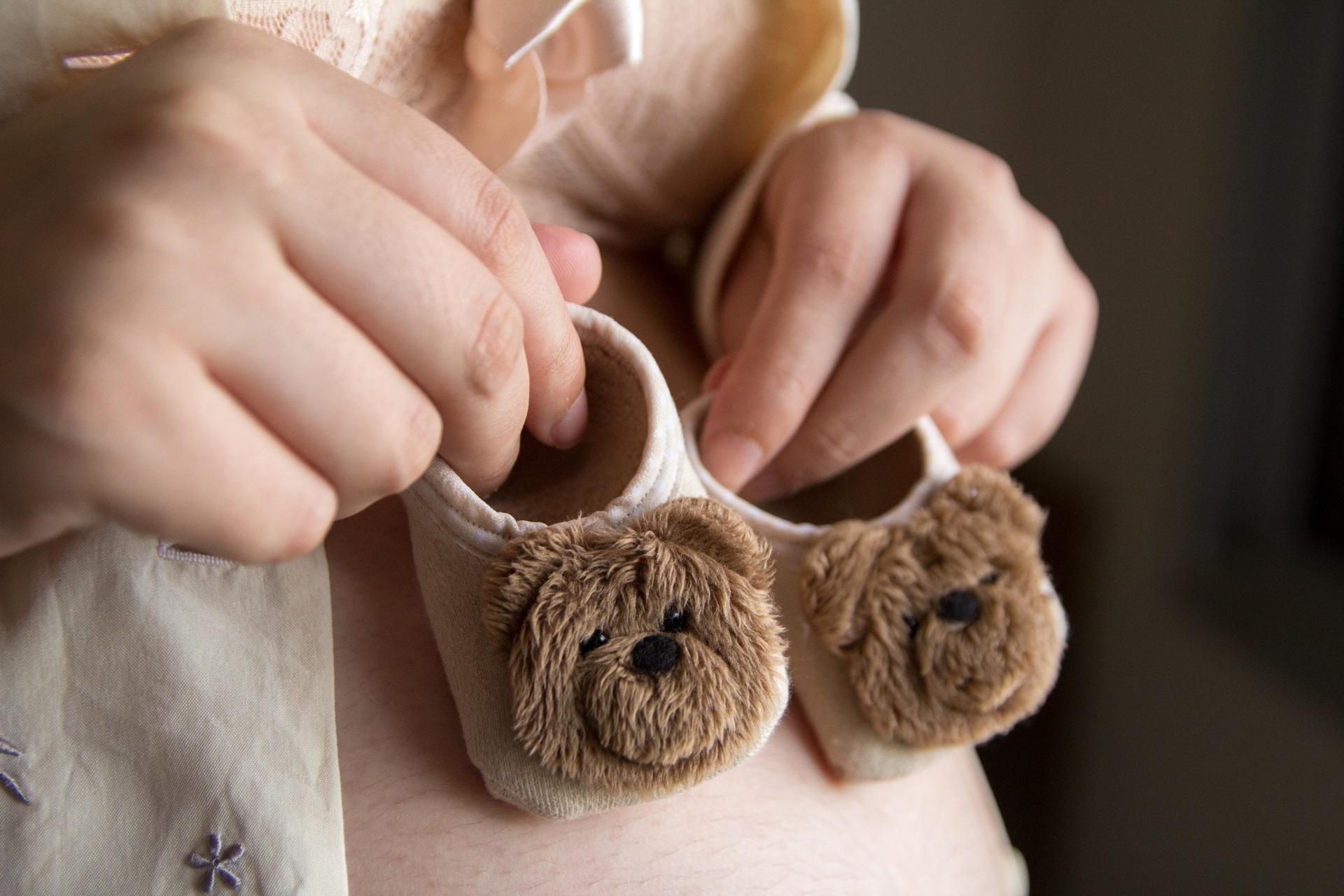 Primele simptome de sarcină: - sfatulparintilor.ro - pixabay_com - pregnant-woman-2886651