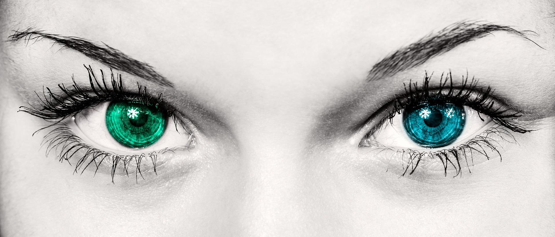 ochi - sfatulparintilor.ro - pixabay_com