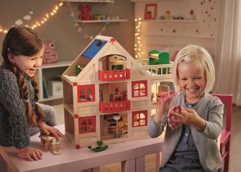 Sfârșitul anului ne găsește mereu în căutarea celor mai frumoase cadouri pentru cei mici.