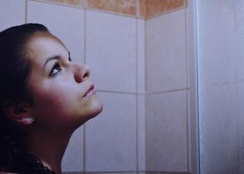 femei dus - sfatulparintilor.ro - pixabay_com