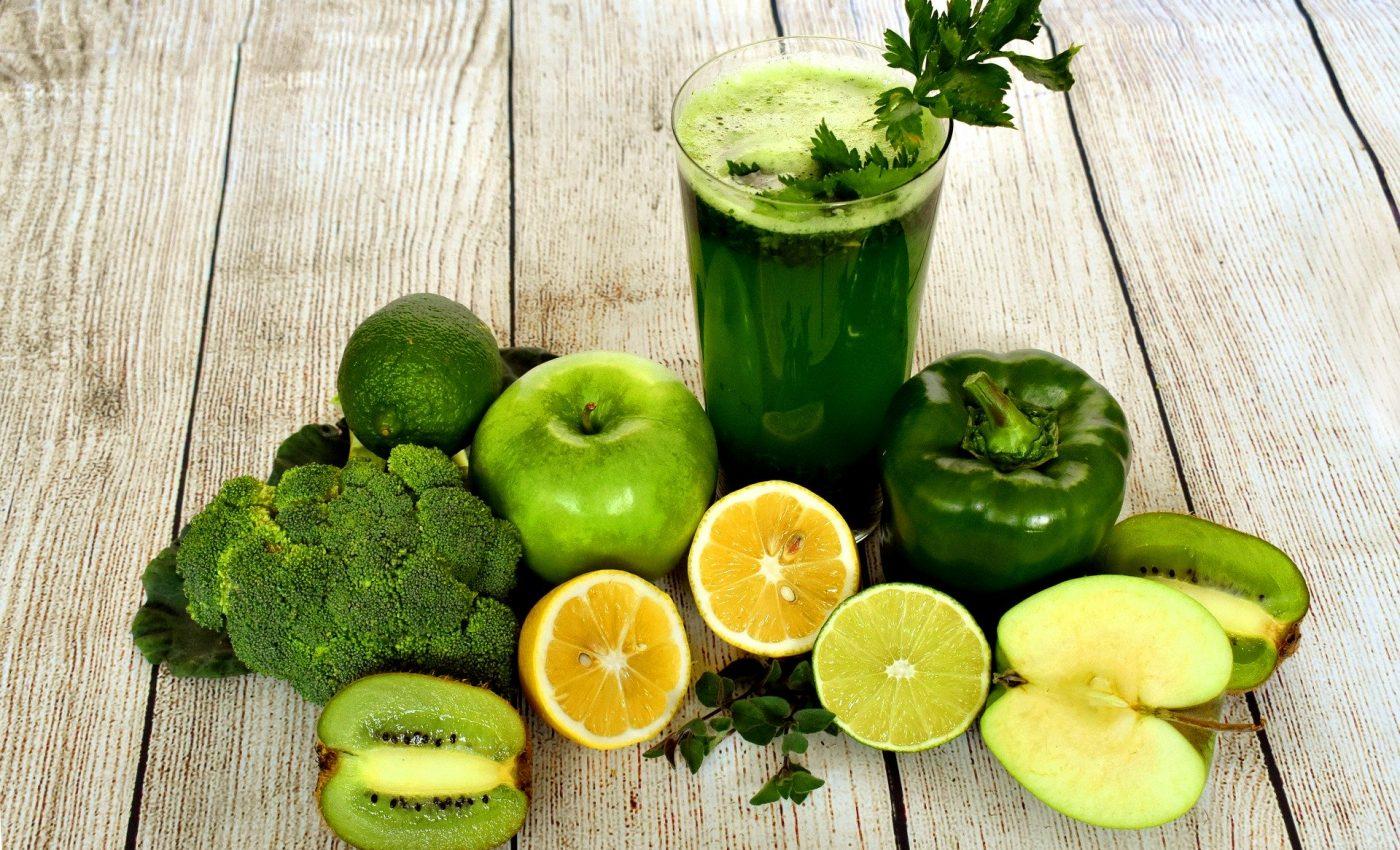 reguli alimentare - sfatulparintilor.ro - pixabay_com - smoothie-3697014_1920