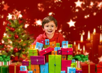 cadouri de craciun pentru familie - sfatulparintilor.ro - pixabay_com - christmas-3027730_1920